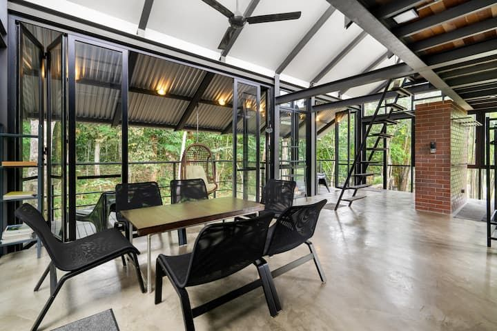 Tanah Larwina Retreat Farm Stays For Rent In Hulu Langat Selangor Malaysia In 2021 Farm Stay Selangor Lodge