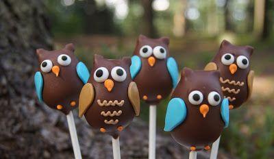 Confetin Halloweenblogi: Pöllö-popsit http://confetinhalloweenblogi.blogspot.fi/2012/08/pollo-popsit.html?utm_source=Pinterest&utm_medium=Wallpost&utm_content=p%C3%B6ll%C3%B6popsit&utm_campaign=PIN-2015