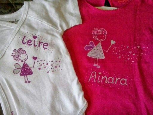 Camiseta y body personalizados y pintados a mano