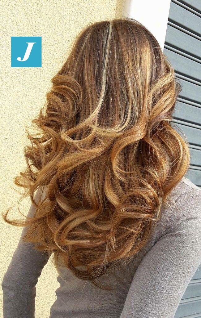 Degradé Joelle biondo miele a color ambra con Piega Glamour. #cdj #degradejoelle #tagliopuntearia #degradé #igers #musthave #hair #hairstyle #haircolour #haircut #longhair #ootd #hairfashion