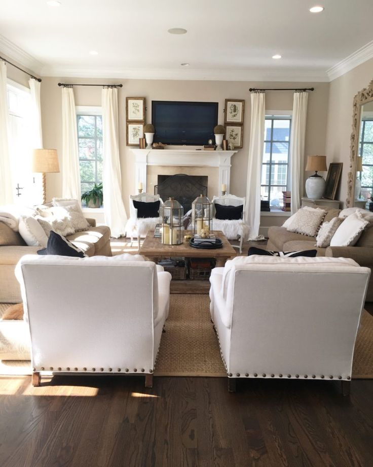15 Wonderful Transitional Living Room Designs To Refresh: 1000+ Ideas About Brown Family Rooms On Pinterest