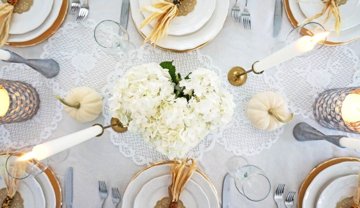 Neutral Thanksgiving Tablescape  http://reflektinteriors.com/2016/10/neutralthanksgiving-tablescape/