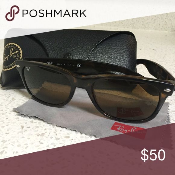Ray ban wayfarer tortoise shell sunglasses These are the smaller sized wayfarers in tortoise shell. A little loved. No major scratches or damages. Comes with case. Ray-Ban Accessories Sunglasses