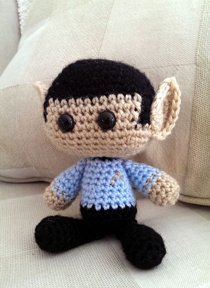Crocheted Spock by CreativeNewbies member Yodaman921.  This is a wonderfully…