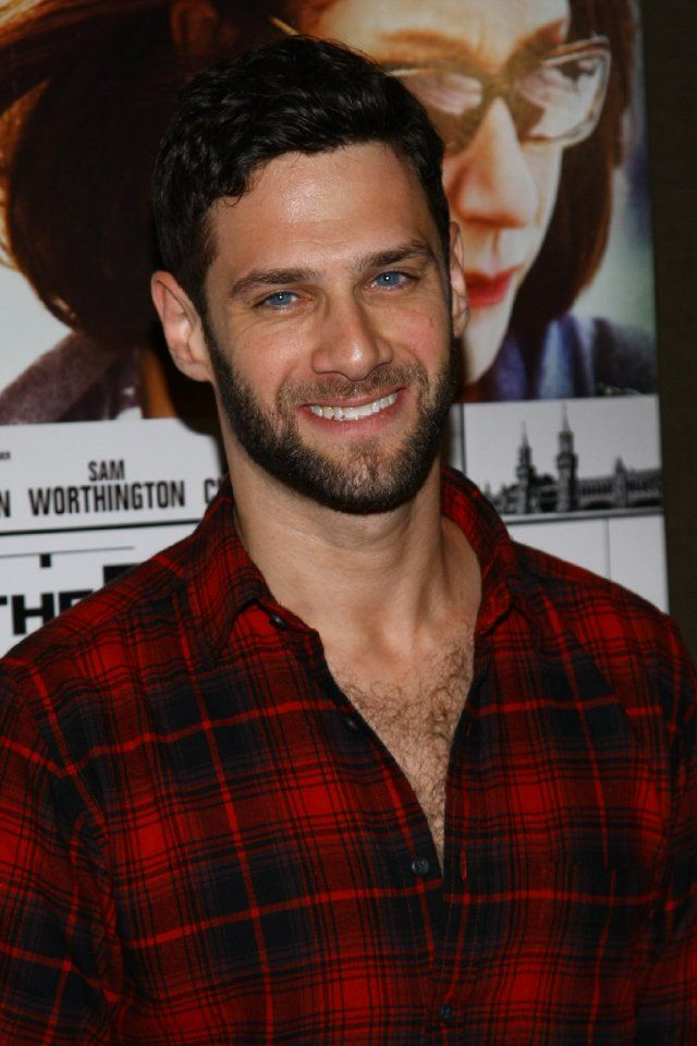 Justin Bartha at event of The Debt