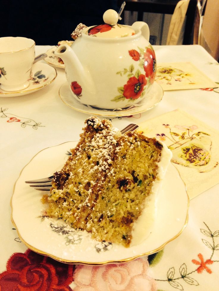 Courgette and lime cake, Cupan Tae, Galway