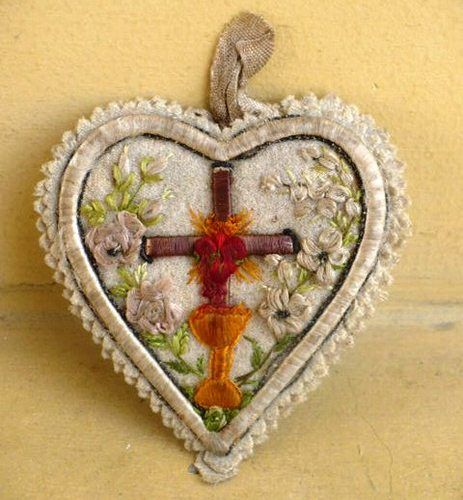 Antique Beautiful Sacred Heart of Jesus Silk Embroidery Scapular Relics