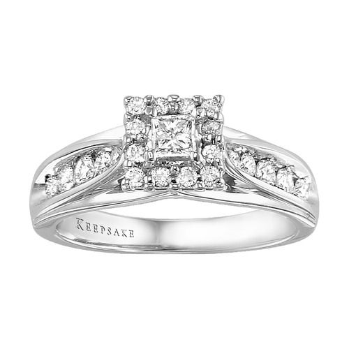 Diamond Ring - Gorgeous.... This is my actual engagement ring! Loved it then, love it now :)