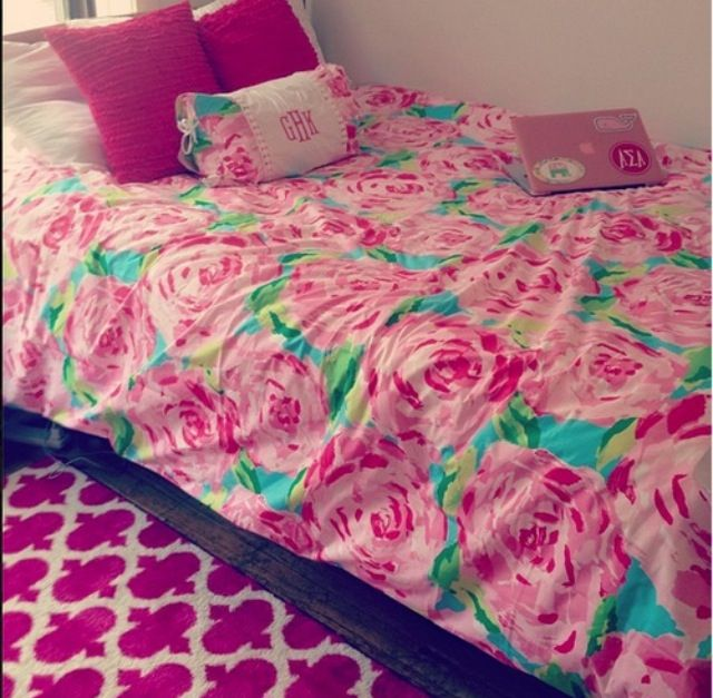 1000 Ideas About Dorm Room Rugs On Pinterest Dorm Stuff