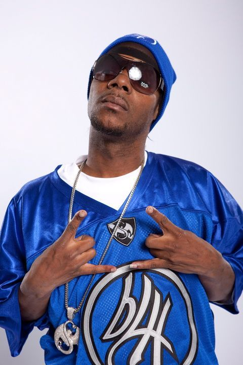 Happy Birthday Brotha Lynch Hung! Today marks the birthday of Mr. Coathanga Strangla himself and we at Strange Music would like to commemorate this special occassion and invite the fans to leave their birthday wishes for hip hop's siccest emcee.