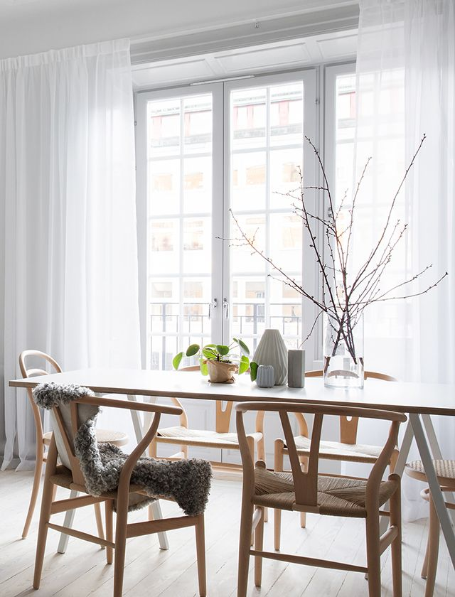 T.D.C | Light + airy dining room