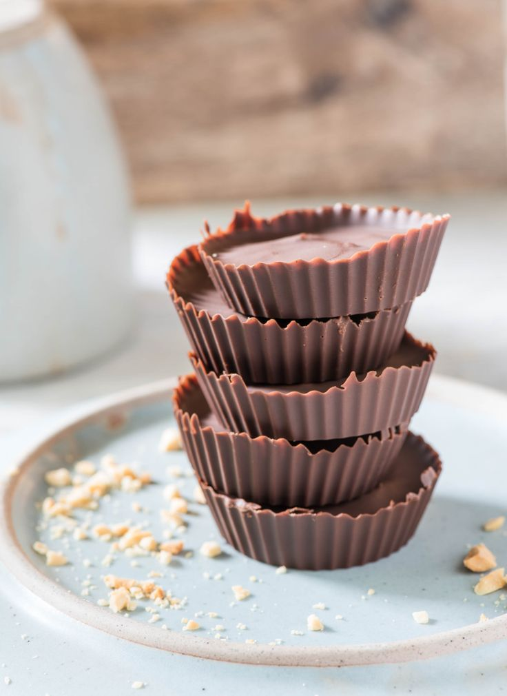 Irresistibly decadent Peanut Butter Cups!! Dairy free, egg free, tree nut free, wheat free, gluten free, naturally sweetened. Find the recipe on the blog {http://nodairynocry.com/healthiest-no-bake-peanut-butter-cups/} ♥️