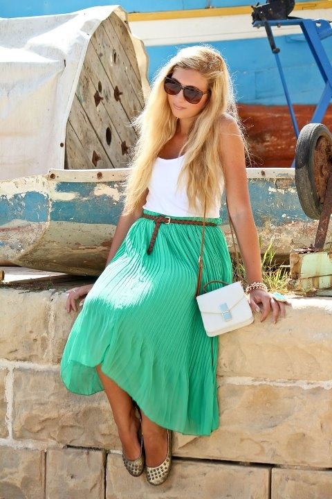 .Cariel Style, Shoots Ideas, Girls Generation, Shorts Girls, Pretty Colors, Jewels Skirts, Long Skirts, Girls Fashion, Style Ideas