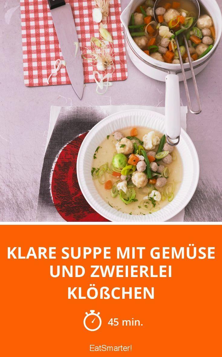 Klare Suppe mit Gemüse und zweierlei Klößchen