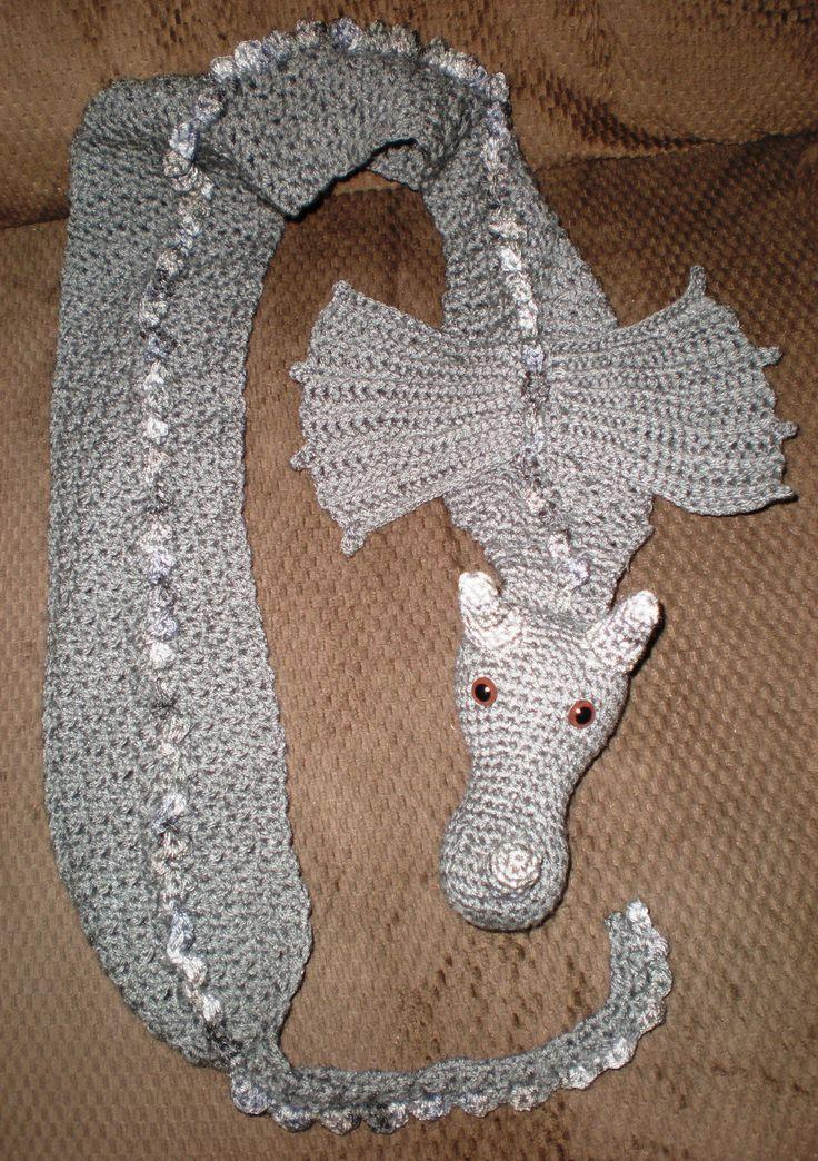 Projeto Crochet: Dragon Scarf !! Este cachecol é um presente para Avi Kaplan de Penta ...