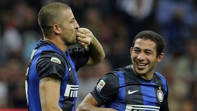 "#Samuel hails defiant Inter display  ""We kept positive and always thought we could win the game,"" said Walter Samuel after scoring ten-man FC Internazionale Milano's winner in Sunday's derby against AC Milan."