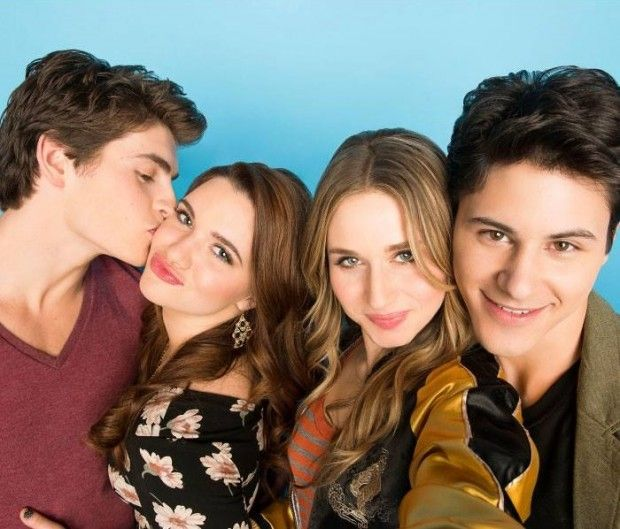 Na TV: última temporada de #Awkward e segundo ano de #FakingIt