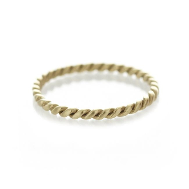 Dear Rae Jewellery | A simple twisted 1,5mm gold band. Available in 9ct yellow or white gold.