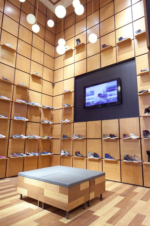 superfuture :: supernews :: amsterdam: onitsuka tiger store relocation