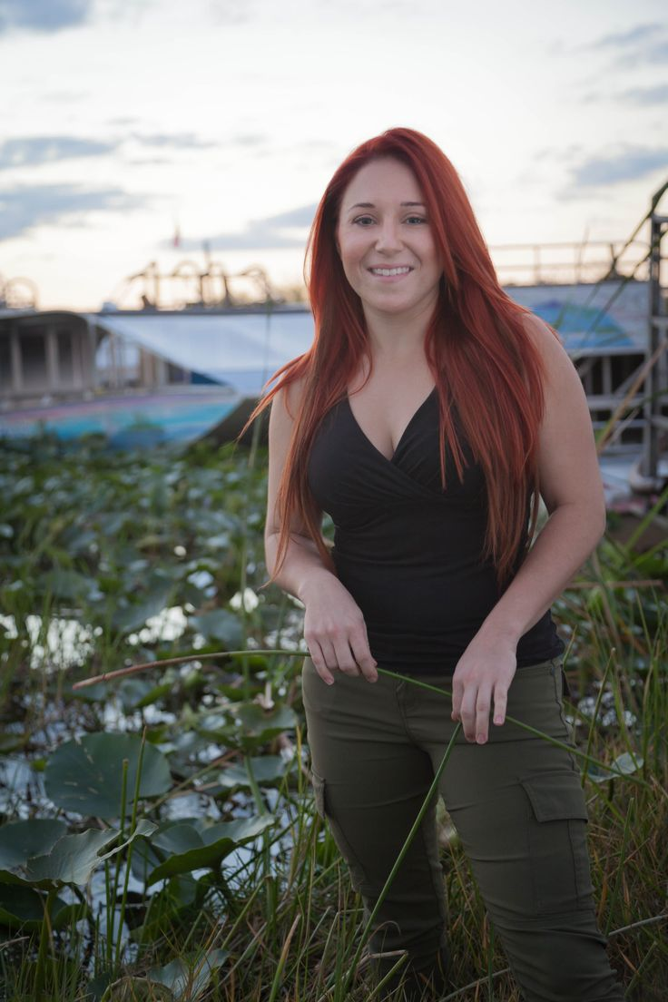 Ashley Lawrence Alligator Wrestler On Gatorboys Animal