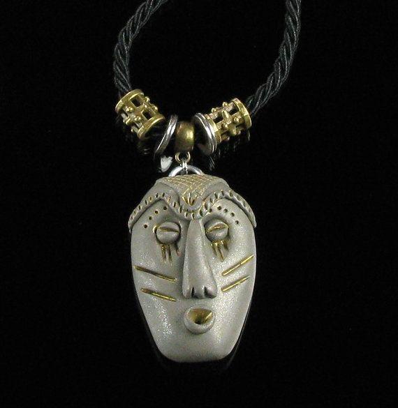 Ciondolo talismano maschera africana, etnica tribale maschera polimero argilla istruzione collana, gioielli etnici, gioielli Unisex di ciondolo, unico regalo