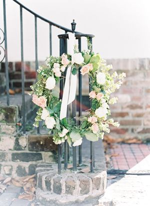 simple rose wreath   Landon Jacob #wedding
