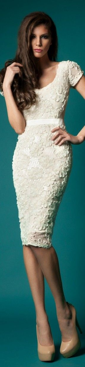 Floral pencil dress in all white. This one is a showstopper! :: Vintage Fashion:: Retro Style