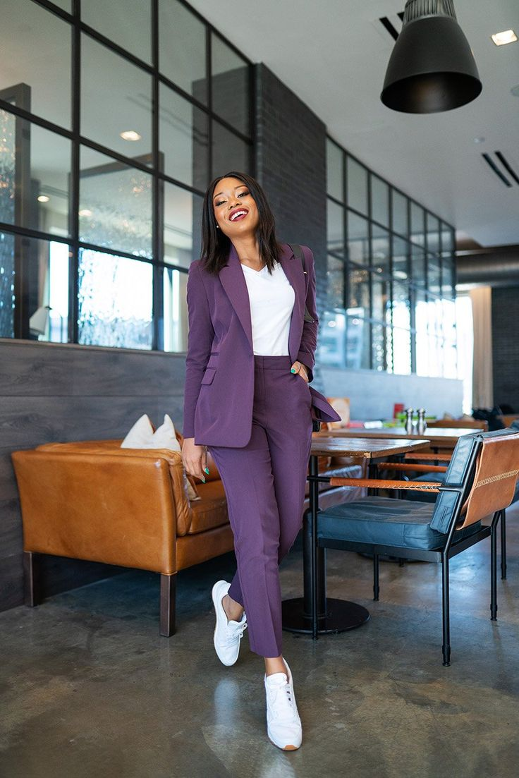 Stella-Adewunmi-of-jadore-fashion-share-how-to-style-suits-and-sneakers | Classy work outfits, Woman suit fashion, Fashion
