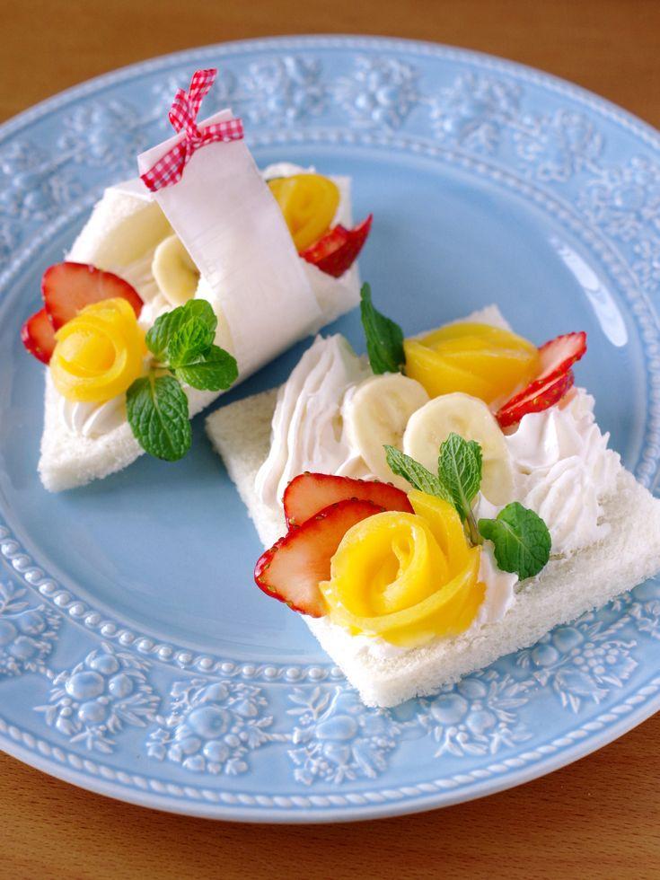 花束みたいなフルーツ&デザート風☆サンドシナイッチ by めろんぱん   レシピサイト「Nadia   ナディア」プロの料理を無料で検索