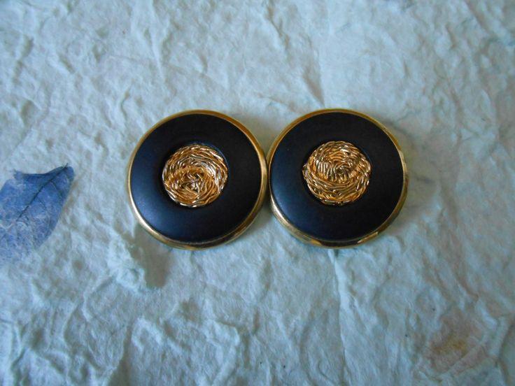 orecchini con bottoni vintage blu