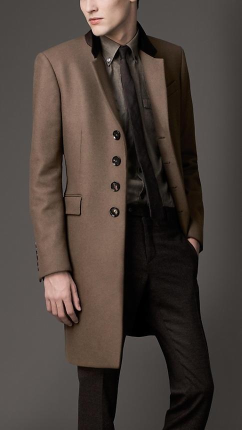 Burberry - Velvet Collar Wool Coat
