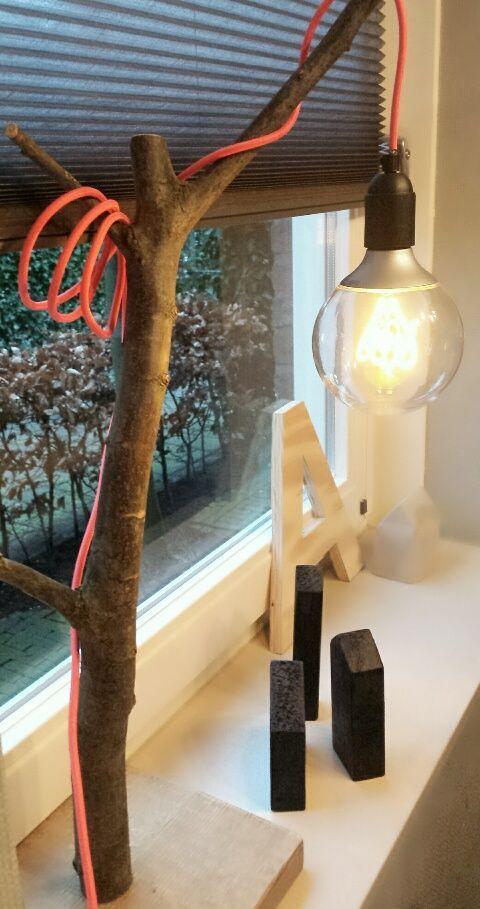 Lamp tak + fluor roze snoer | http://StoerenKant.com | Online bestellen