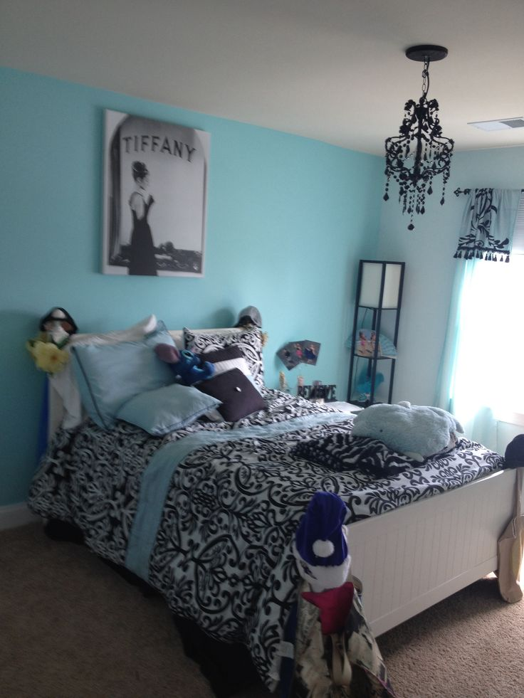 57 best room images on pinterest little mermaid painting. Black Bedroom Furniture Sets. Home Design Ideas