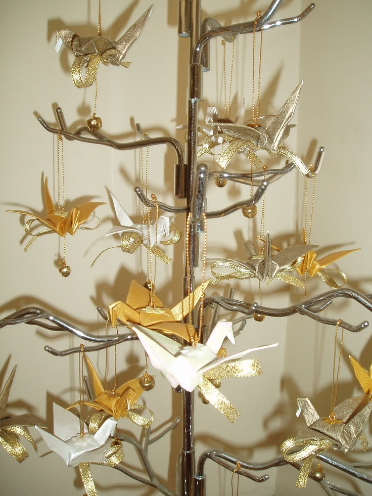 1000 images about origami cranes on pinterest origami for 1000 paper cranes wedding decoration