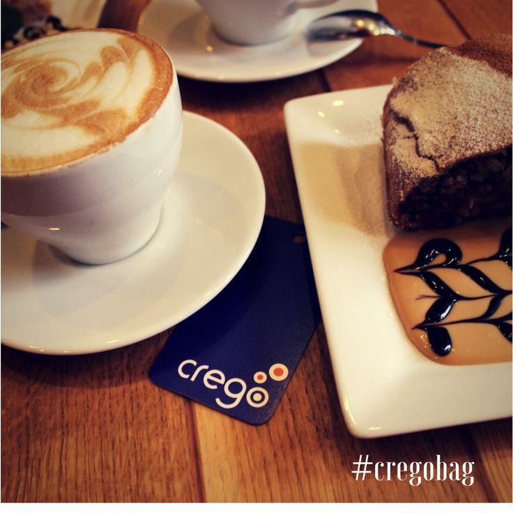 ☕️Кофе .. ну и не только))) с подружками в этот холодный пятничный вечер.... #cregobag, #сумкиукраина, #сумки, #rubberbag, #каучуковыесумки #зима