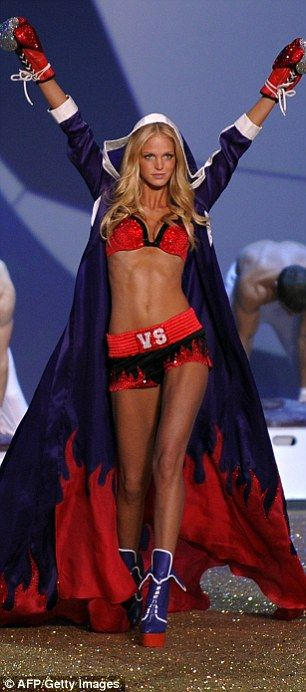 Model mayhem: Victoria's Secret stunner Erin Heatherton slapped with lawsuit after annoying neighbors with frequent loud parties at her $1.8m Manhattan pad | Daily Mail Online