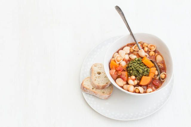 This chickpea soup recipe is simple, hearty and flavourful and perfect for winter lunch boxes and cold winter nights. vegan vegetable soup, vegetarian soup recipe.