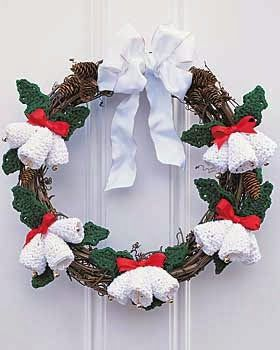 Crochet-Christmas-Bells-Wreath.jpg (280×350)