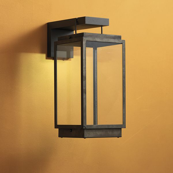 Nautic|tekna.be BLAKES TABLE LAMP ON BRACKET weathered brass clear glass