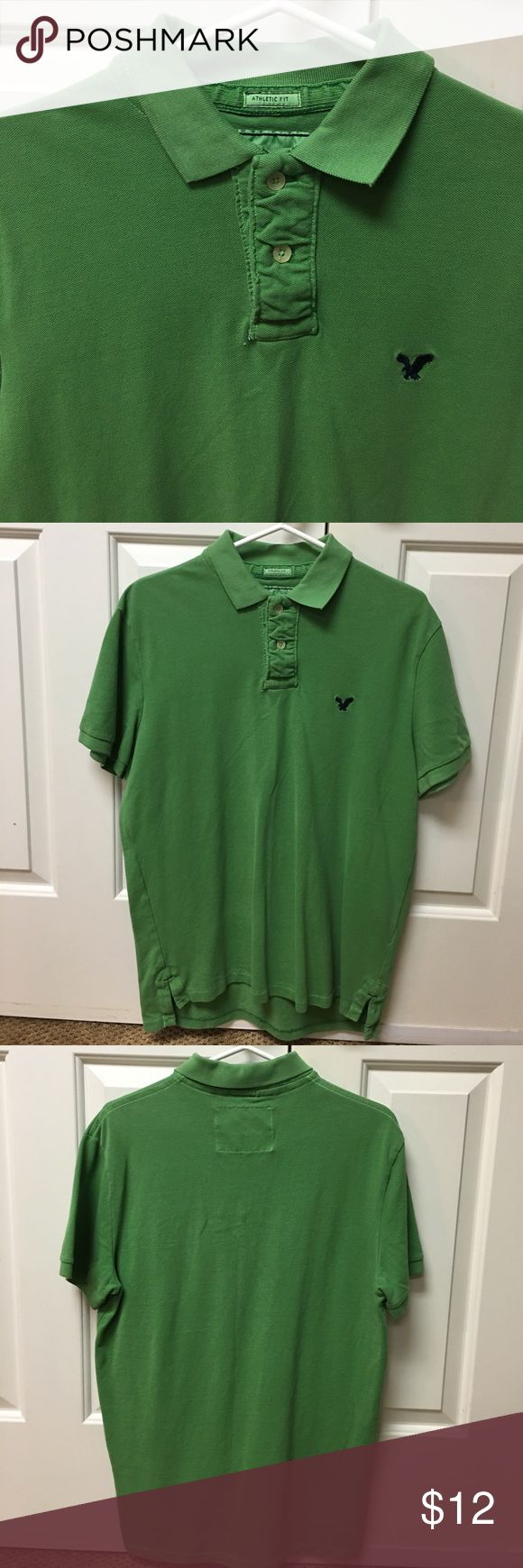 EUC Men's American Eagle Green Polo Shirt - Sz Med EUC American Eagle Green Polo shirt in a size Medium. Athletic Fit. American Eagle Outfitters Shirts Polos
