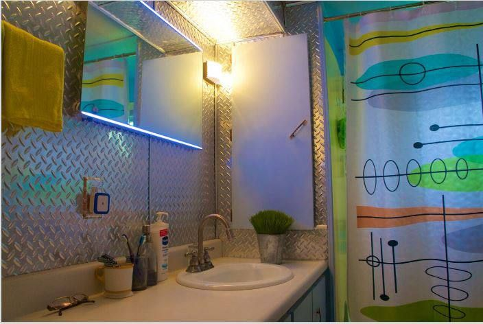 27451bd686285b5e9f75f6441deeddd3--retro-bathrooms-single-wide Paint For Mobile Home Ideas on paint ideas for motorcycles, paint ideas for sheds, paint ideas for brick homes,