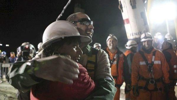 Submarino ARA San Juan los 33 mineros de Chile les hablan a los 44 marinos argentinos - Clarín.com