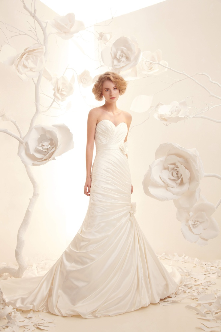114 best An Alita Graham Wedding images on Pinterest   Short wedding ...