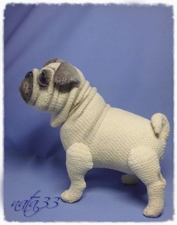 Pug Dog por NataliatoysArt en Etsy