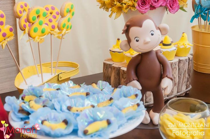 Festa George o curioso | Festa infantil | bday | Party | Festa de menina | Decoração by Mariah festas #georgeocurioso #curiousgeorge
