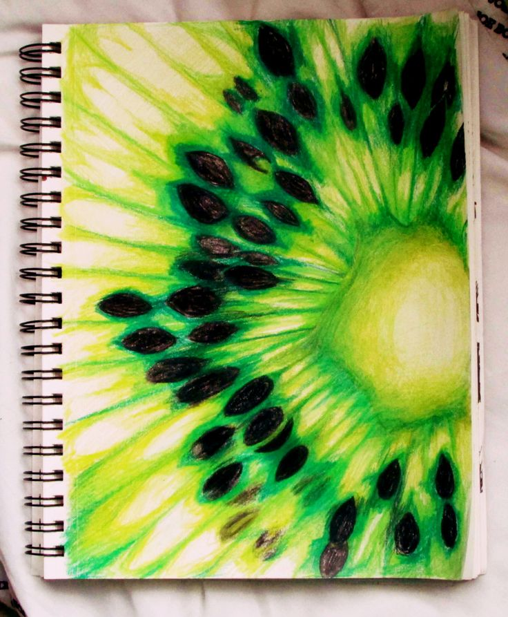 Kiwi with Prisma's - @sparklingkeys More