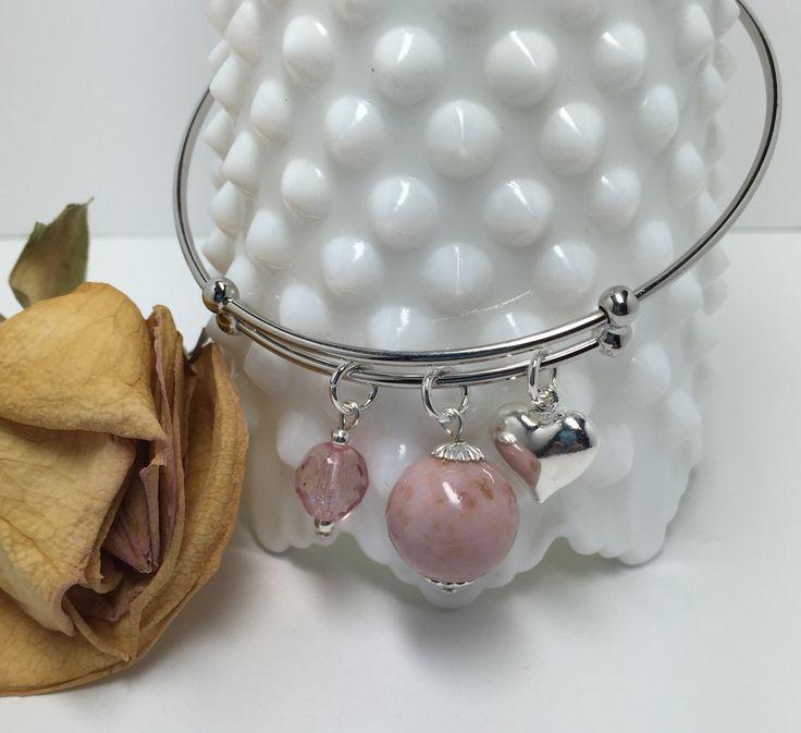 PWSCO5, Flower petal keepsake jewelry, stackable bangle bracelet with charms, handmade flower beads