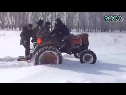 Részeg orosz traktorosok És vicces traktoros videók Ne hagyd ki