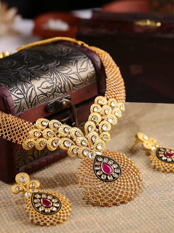 8 best jaya images on Pinterest | Jewelery, Diamond jewellery and ...