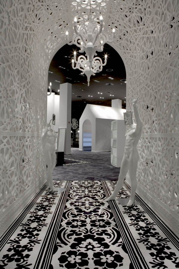 Designer Marcel Wanders has completed the interior of fashion store Villa Moda in Bahrain - ELLE Décor, NL. Genius Designer!!